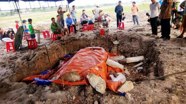 Quảng Bình: Phát hiện ngôi mộ cổ nghi của vị Quận Công Thế kỷ XI