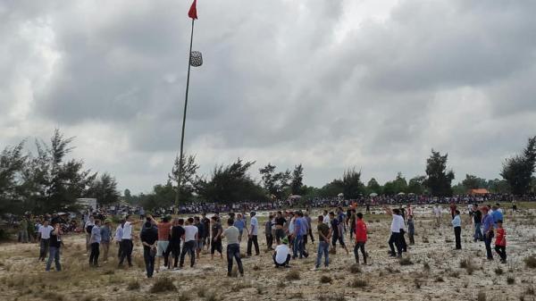 Mồng 7 Tết về làng Tượng Sơn xem hội cướp cù