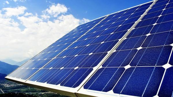 Quảng Bình: Dân được dùng điện mặt trời giá 2.500 đồng/kWh