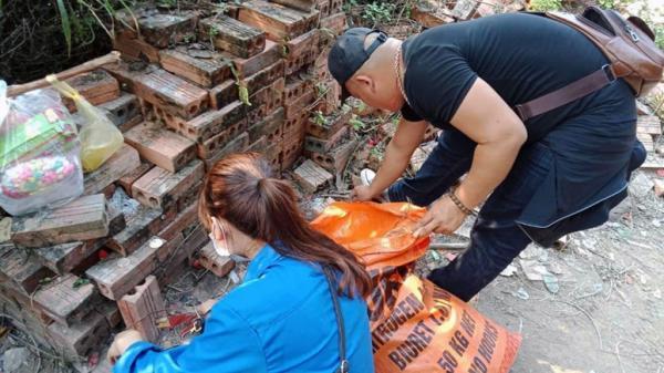 Hơn 50 tình nguyện viên tham gia làm vệ sinh tại chùa Kim Phong-núi Thần Đinh