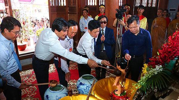 Quảng Bình: Khai hội chùa Hoằng Phúc