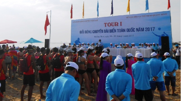 Khởi động Giải bóng chuyền bãi biển toàn quốc năm 2017 tại Quảng Bình