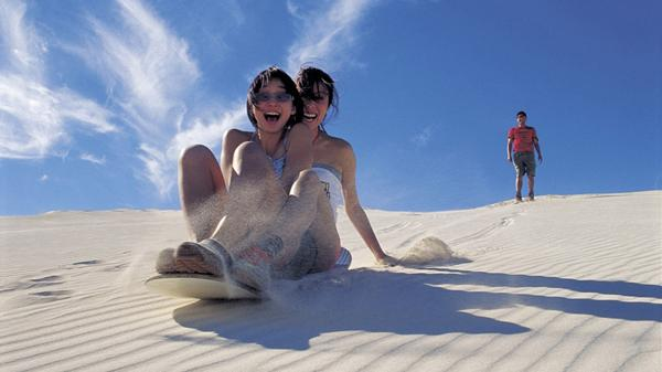 """Đồi cát Quang Phú – """"Thiên đường cát"""" Quảng Bình"""