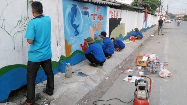 Ba Đồn: Vẽ tranh cổ động xây dựng mỹ quan đô thị