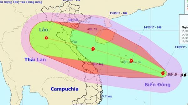 Khẩn: bão cấp 15 cực nguy hiểm vào biển Đông