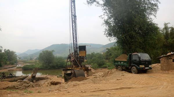 UBND tỉnh chỉ đạo: Thành lập đoàn liên ngành ngăn chặn, xử lý cát t ặc