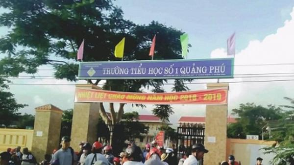 Quảng Trạch: Một nam giáo viên bị cho thôi việc vì khai gi an hồ sơ
