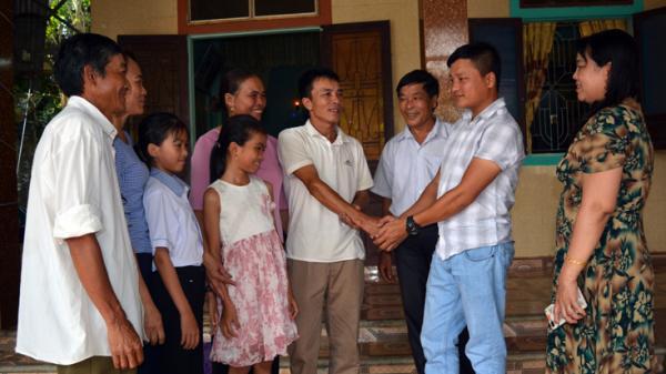 Phút d ũng cảm lao vào dòng nước xoáy c ứu sống hai em nhỏ của chàng trai Quảng Bình