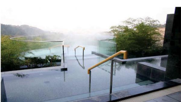 Đẩy nhanh tiến độ thi công Dự án Khu du lịch nghỉ dưỡng và phục hồi chức năng suối nước nóng Bang