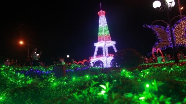 Rực rỡ lễ hội ánh sáng ở Quảng Bình