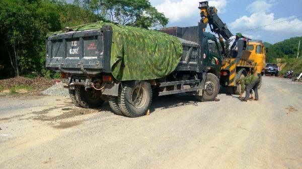 Khởi tố vụ án tai nạn giao thông nghiêm trọng tại xã Quảng Thạch
