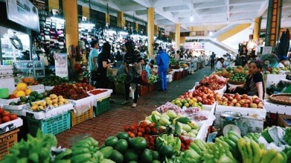Quảng Bình: Tăng cường quản lý giá cả thị trường sau bão số 10