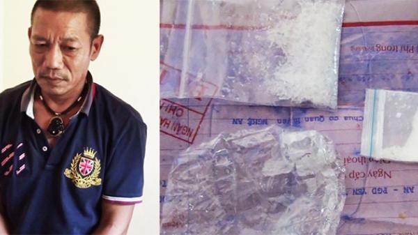 Bắt đối tượng vận chuyển ma túy qua biên giới