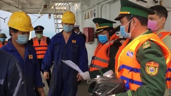 Quảng Bình: Ngăn chặn nhập bờ 26 thuyền viên vừa từ Trung Quốc trở về