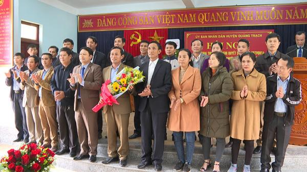Quảng Trạch công bố quyết định thành lập xã Liên Trường