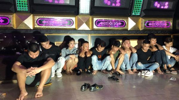 Quảng Bình: B.ắ.t quả tang 10 đối tượng tổ chức tiệc sinh nhật bằng m.a t.ú.y