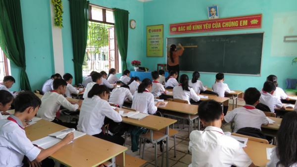 Hôm nay 13-4, học sinh khối 9 và 12 Quảng Bình chính thức học trên kênh VTV7