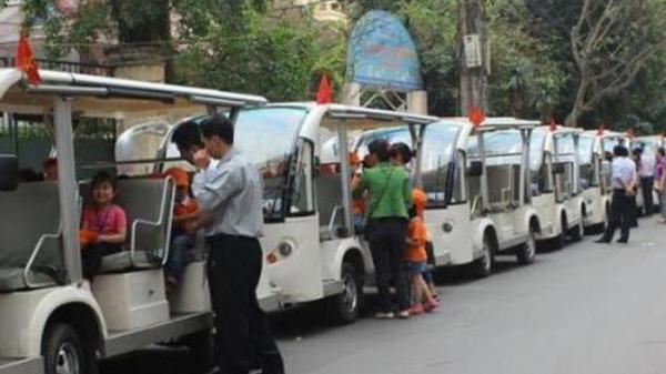 Chấp thuận phương án đầu tư Đề án thí điểm sử dụng xe ô tô điện 4 bánh kinh doanh vận chuyển khách du lịch trên một số tuyến nội thành, thành phố Đồng Hới