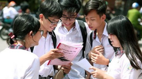 Quảng Bình là tỉnh đầu tiên không tổ chức thi tuyển lớp 10 công lập vì Covid-19