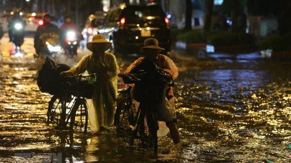 Bắc Bộ, Bắc Trung Bộ có nơi mưa to đến rất to kèm thời tiết nguy hiểm