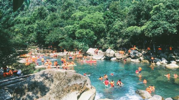 Quảng Bình, thiên đường du lịch hè 2020