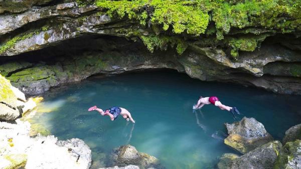 Tuyến du lịch khám phá thiên nhiên thung lũng Ha Ma Đa - hang Trạ Ang đón 16.409 lượt khách đến tham quan