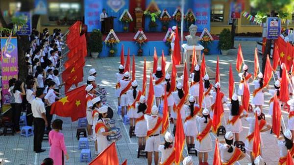 Quảng Bình: Cấp Bằng công nhận 08 Trường đạt chuẩn Quốc gia năm 2020
