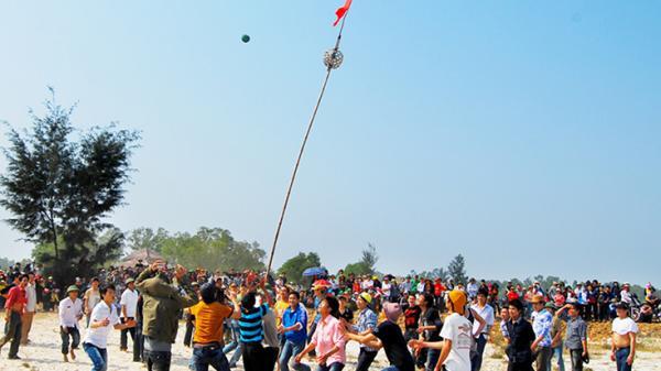 Đặc sắc lễ hội chào xuân ở Ba Đồn