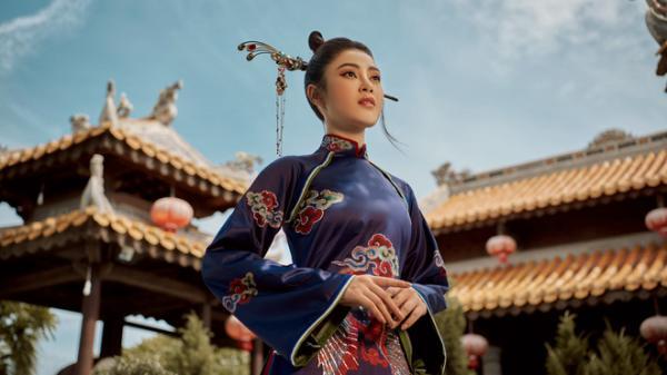 Cảnh đẹp Quảng Bình xuất hiện trong loạt ảnh diện áo dài Lý Kim Thảo