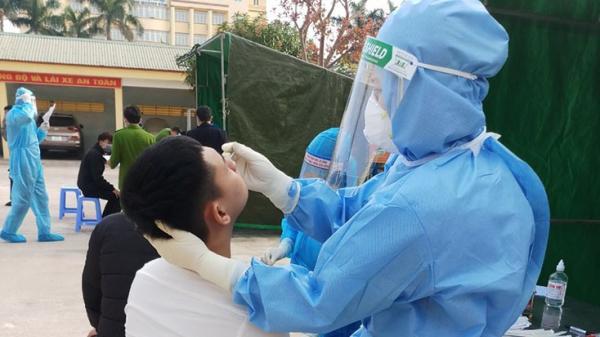 Quảng Bình: Xét nghiệm SARS-CoV-2 cho thanh niên trước khi nhập ngũ