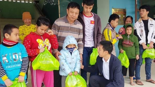 Người đàn ông Quảng Bình 20 năm che chở hàng trăm trẻ khuyết tật