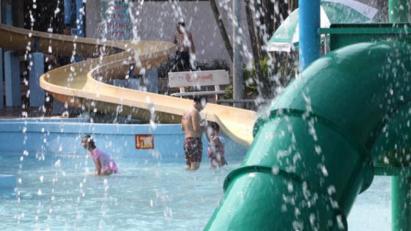 Bắc và Trung Trung Bộ nắng nóng gay gắt, nhiệt độ có nơi trên 40 độ C