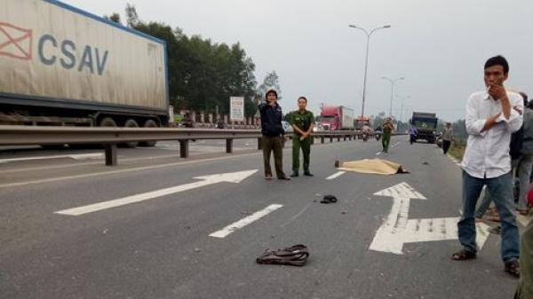 Phú Ninh (Quảng Nam): Tránh ô tô đỗ bên đường, người đàn ông bị xe tải tông tử vong tại chỗ