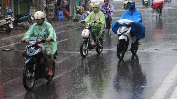 Không khí lạnh tăng cường gây mưa ở miền Trung