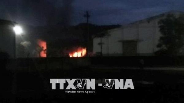 Quảng Nam: Hai xe bồn ở nhà máy cồn Đại Tân cháy rụi khi đang tiếp nhiên liệu