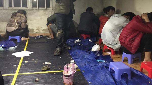 Nông Sơn (Quảng Nam): Công an ập vào bắt quả tang vụ đánh bạc xóc đĩa