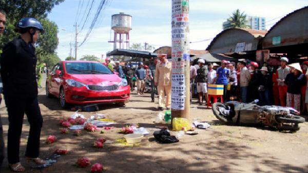 """Cô gái 9X lái xe """"điên"""" lao thẳng vào chợ, tông 1 người tử vong, 2 người bị thương"""
