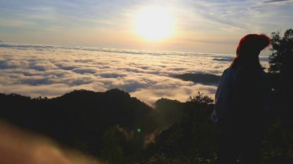 Không ngờ Quảng Nam cũng có một chốn mây trắng bồng bềnh như tiên cảnh thế này