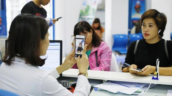 Bắt chủ thuê bao di động phải chụp ảnh: Nhà mạng có thể bị kiện
