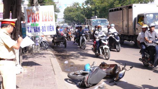 Thăng Bình (Quảng Nam): Ô tô cán tử vong người phụ nữ đang mang thai 6 tháng rồi bỏ chạy