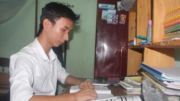 Bí quyết đạt điểm 9,75 môn Ngữ văn kỳ thi THPT Quốc gia của nam sinh xứ Quảng