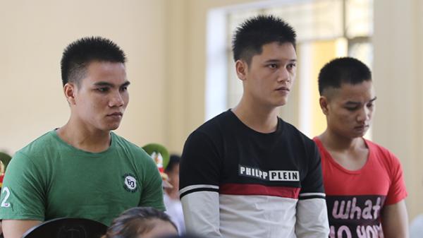 Quảng Nam: Nam sinh nhờ cậu trả thù, bảo vệ trường bị đâm chết