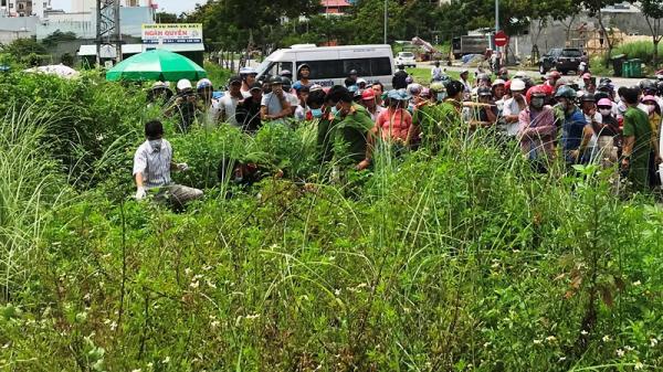 Đà Nẵng: Phát hiện thi thể 1 nam thanh niên đang phân hủy trong bụi cỏ