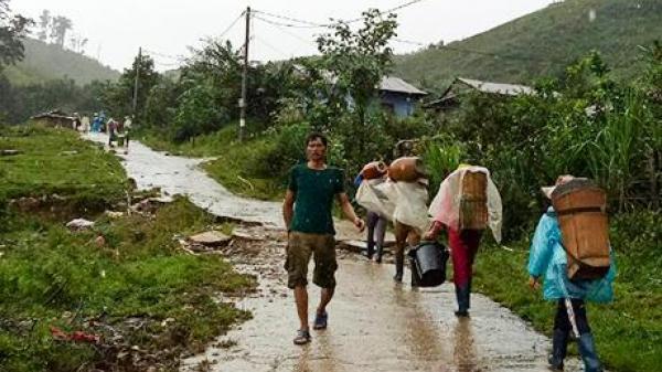 Tây Nguyên : Di dời khẩn cấp hộ dân ra khỏi vùng nguy cơ sạt lở