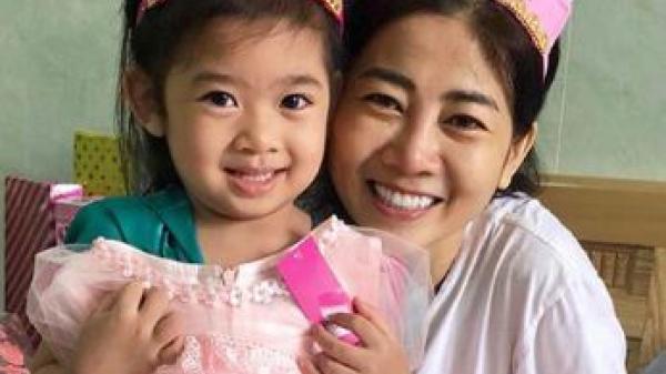 Mai Phương mừng con gái lên 5 tuổi trong bệnh viện