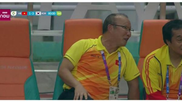 Sự thật gương mặt tươi cười của HLV Park Hang Seo khi Việt Nam bại trận trước Hàn Quốc: Không như chúng ta nghĩ đâu