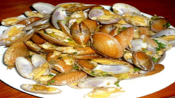 Giòn ngọt sò lụa ở Hội An