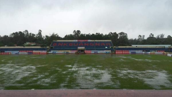 Hoãn lần 2 trận Quảng Nam - Than Quảng Ninh vì sân Tam Kỳ ngập nước
