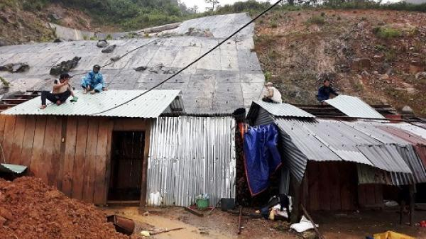 Bắc Trà My (Quảng Nam): Tiếp tục sạt lở đất vùi lấp 10 căn nhà