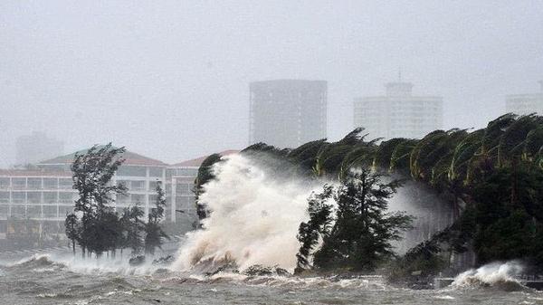 Áp thấp nhiệt đới đã thành bão Haikui tiến thẳng vào Biển Đông